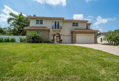 2342 Holly Lane Palm Beach Gardens FL 33410