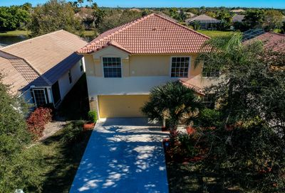 615 NW Stanford Lane Port Saint Lucie FL 34983