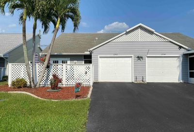 2742 SE Tropical East Circle Port Saint Lucie FL 34952