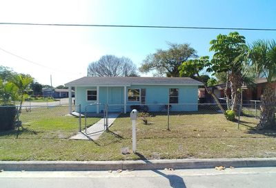 809 Dundas Court Fort Pierce FL 34950
