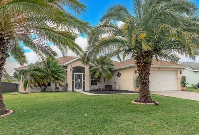 213 SW Parish Terrace Port Saint Lucie FL 34984