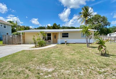 8913 SE Colony Street Hobe Sound FL 33455