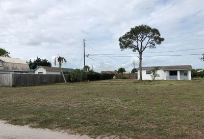 8172 SE Evergreen Street Hobe Sound FL 33455