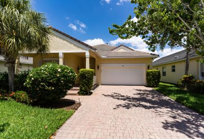 184 NW Willow Grove Avenue Port Saint Lucie FL 34986