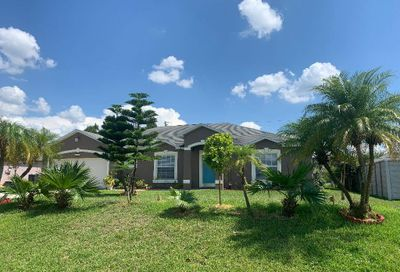 2138 SW Devon Avenue Port Saint Lucie FL 34953