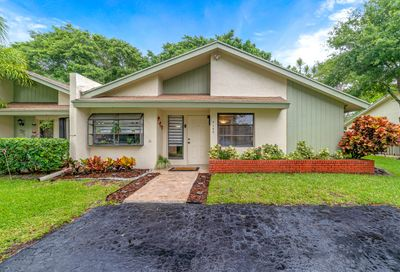 4149 Palm Forest S Drive Delray Beach FL 33445