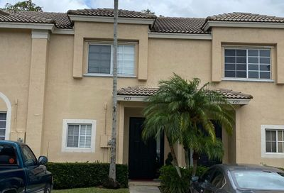 4723 NW 57th Place Coconut Creek FL 33073