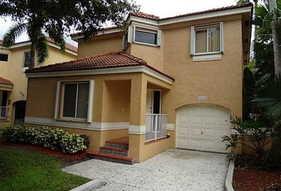 11243 Lakeview Drive Coral Springs FL 33071