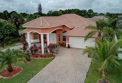726 NW Orchid Street Port Saint Lucie FL 34983