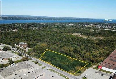 249 Bayview Drive Barrie ON L4N4Y5