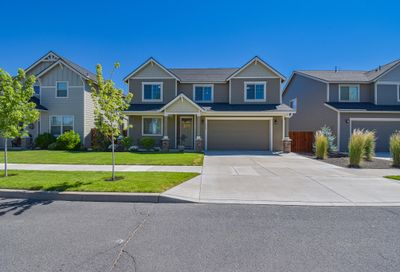 464 NW 29th Street Redmond OR 97756