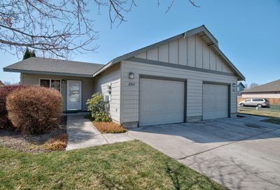 2054 NW Elm Avenue Redmond OR 97756
