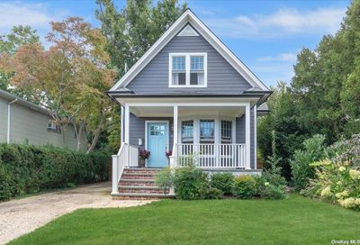 49 Riggs Place Locust Valley NY 11560