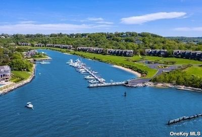 4 Harbour Point Drive Northport NY 11768