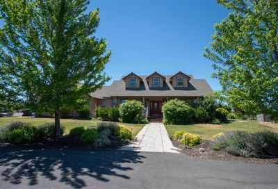 1365 NW 35th Street Redmond OR 97756