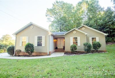 135 Forest Heights Drive Marion NC 28752