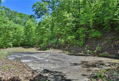 99999 Red Oak Forest Lane Fairview NC 28730
