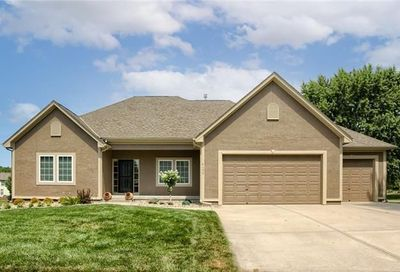 4100 SW Duck Pond Drive Lee'S Summit MO 64082