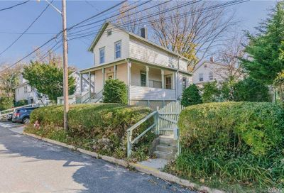 157 Brown Street Sea Cliff NY 11579