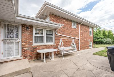 4525 N Oakview Street Chicago IL 60656