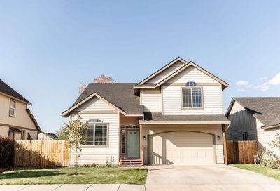 1155 NW Redwood Place Redmond OR 97756