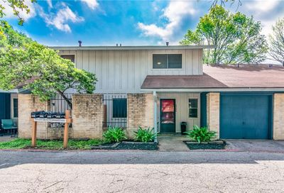 5905 Little Creek Trail Austin TX 78744