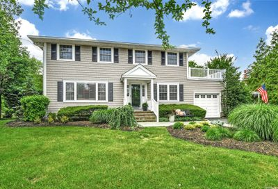 14 Oelsner Drive Northport NY 11768