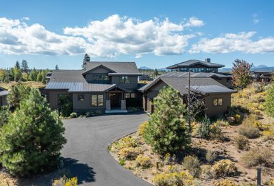 19367 Roswell Drive Bend OR 97702