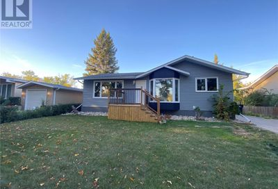 433 3rd AVE NW Weyburn SK S4H1R2
