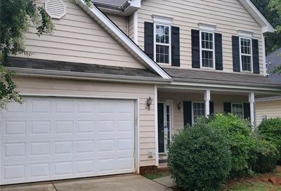 6111 Forest Pond Drive Charlotte NC 28262