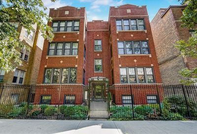 7313 N Honore Street Chicago IL 60626