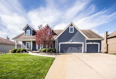 4520 SW Gull Point Drive Lee'S Summit MO 64082