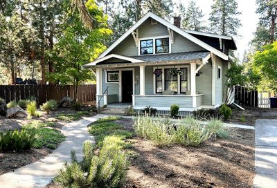 165 NW St. Helen's Place Bend OR 97701