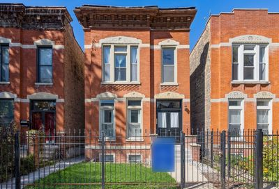 1320 N Bell Avenue Chicago IL 60622