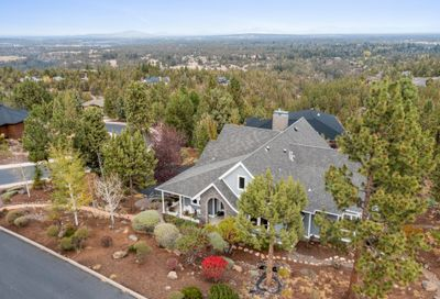 3344 NW Starview Drive Bend OR 97703