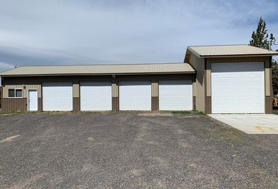 1007 NW 35th Street Redmond OR 97756