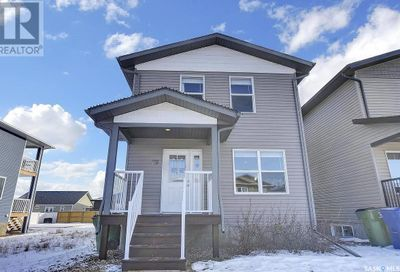79 Brigham RD Moose Jaw SK S6K0A7
