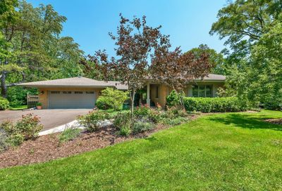 17 Clyde Road Golf IL 60029