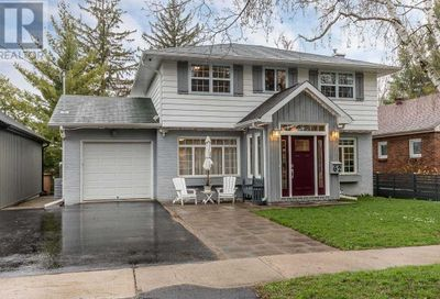 62 Eugenia Street Barrie ON L4M1R1