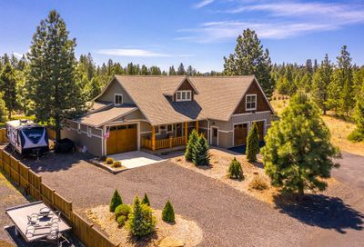 60686 River Bend Drive Bend OR 97702