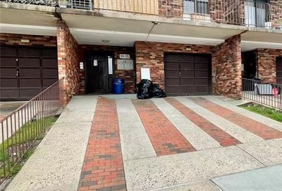 65-05 242nd Street Douglaston NY 11362