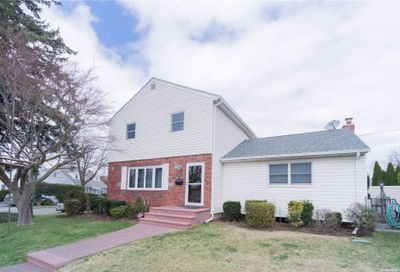 25 Exford Place Albertson NY 11507
