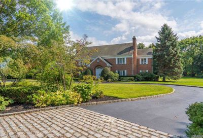 10 High Meadow Court Old Brookville NY 11545