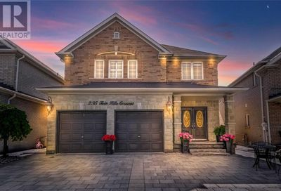 295 Twin Hills Crescent Vaughan ON L4H0H4