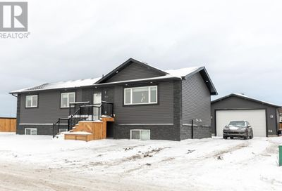101 Beardsley Crescent Fort McMurray AB t9h2t5