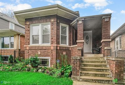 4907 W Deming Place Chicago IL 60639