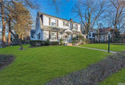 119 Dubois Avenue Sea Cliff NY 11579