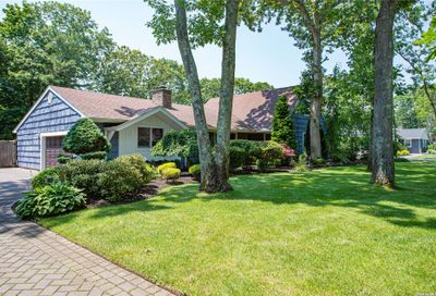22 Redwood Drive Great River NY 11739