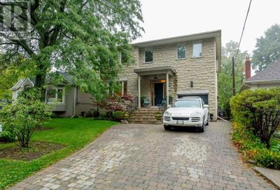 26 Crescentwood Road Toronto ON M1N1E3