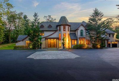60 Twin Ponds Lane Oyster Bay Cove NY 11791